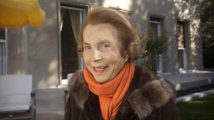 L'héritière de L'Oréal, Liliane Bettencourt, chez elle à Neuilly-sur-Seine (Hauts-de-Seine) le 15 octobre 2011. (JACQUES GRAF / JDD / SIPA)