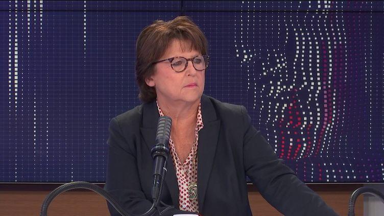 """Martine Aubry, maire PS de Lille (Nord), était l'invitée du """"8h30 franceinfo"""", mercredi 1er septembre 2021. (FRANCEINFO / RADIOFRANCE)"""