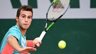 Le Français Hugo Gaston à Roland-Garros, le 30 septembre 2020. (MARTIN BUREAU / AFP)