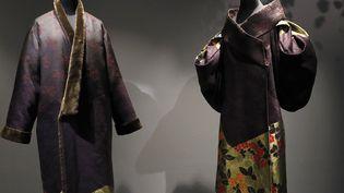 Kimonos exposés au musée Guimet, à Paris, février 2017  (PATRICK KOVARIK / AFP)