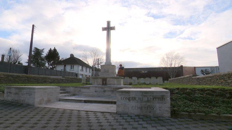 Le cimetière militaire de Longueau dans la Somme (France 3 Hauts-de-France)