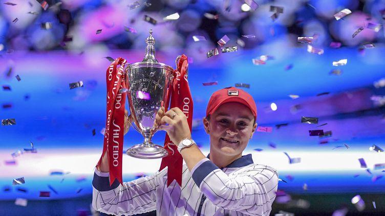 L'Australienne Ashleigh Barty le 3 novembre 2019 après sa victoire en finale duMasters féminin. (NOEL CELIS / AFP)
