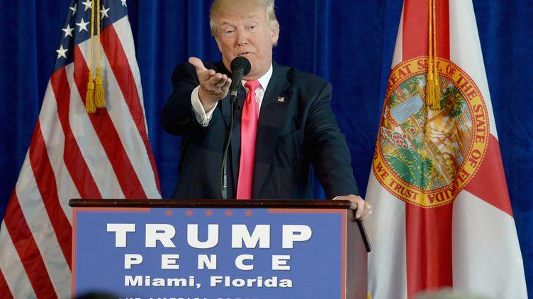 Le candidat républicain Donald Trump donne une conférence de presse à Doral en Floride (Etats-Unis), le 27 juillet 2016. (GETTY IMAGES NORTH AMERICA / AFP)