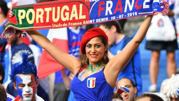 C'était chaud en tribune lors de France - Portugal (MUSTAFA YALCIN / ANADOLU AGENCY)