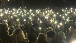 Royaume-Uni : le rassemblement en hommage à Sarah Everard réprimé par la police (France 2)
