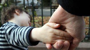 L'autorité parentale et les auteurs de féminicides. Une proposition de Marlène Schiappa pour que cette autorité parentale soit automatiquement suspendue (photo d'illustration). (MAXPPP)