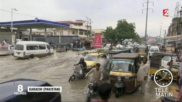 Inondations : plus de 1 200 personnes ont perdu la vie en Asie du Sud