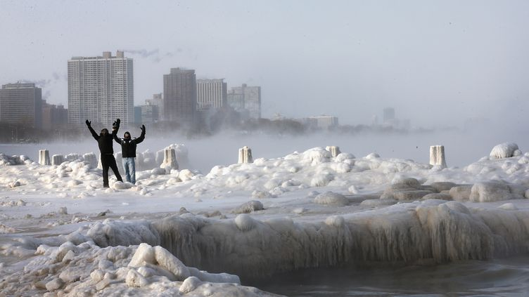 Chicago, le 6 janvier 2014 sur le lac Michigan. (SCOTT OLSON / GETTY IMAGES NORTH AMERICA)