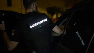 Depuis la fin du confinement, on assiste à une explosion du nombre de faits de violence, au sein des familles, entre voisins. La gendarmerie reçoit entre 300 et 400 appels par jour, rien que dans la région de Montpellier (Hérault). (FRANCE 2)