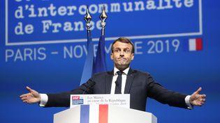Emmanuel Macron lors de son discours au Congrès des maires, à Paris, le 19 novembre 2019. (LUDOVIC MARIN / AFP)