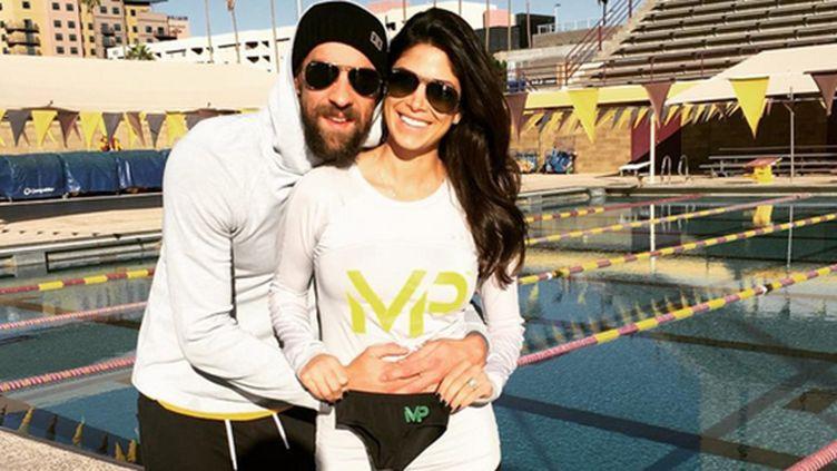 Michael Phelps et sa fiancée Nicole Johnson attendent un heureux événement