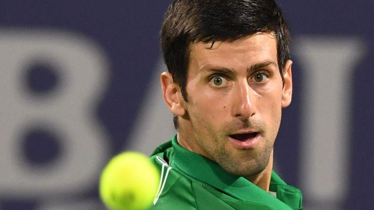 Novak Djokovic, à Dubaï, le 29 février 2020. (KARIM SAHIB / AFP)
