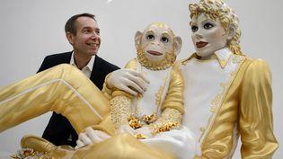 Si les Etats-Unis ont le plus grand nombre de représentants (73), suivis de l'Allemagne (55), la Suisse, qui possède un marché d'art de renommée internationale, se trouve dans le trio de tête avec 31 galeries présentes. (Jeff Koons) (FABRICE COFFRINI / AFP)