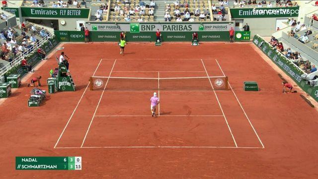 1/4 de finale : le point de dingue de Schwartzman face à Nadal
