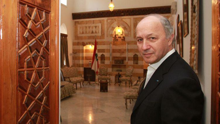 Le ministre des Affaires étrangères, le 4 février 2012, en visite à Beyrouth (Liban). (ANWAR AMRO / AFP)