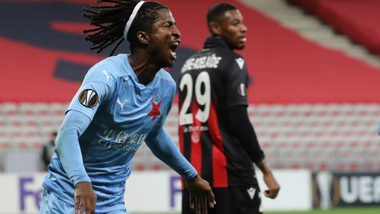 L'OGC Nice s'est incliné 1-3 face au Slavia Prague. (VALERY HACHE / AFP)