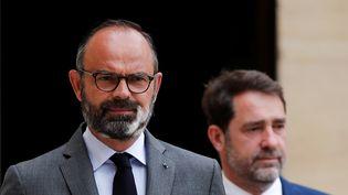 Le Premier ministre, Edouard Philippe, et le ministre de l'Intérieur, Christophe Castaner, lors d'une conférence de presse consacrée au second tour des municipales, vendredi 22 mai 2020 à Matignon. (BENOIT TESSIER / POOL / AFP)