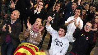 Des indépendantistes catalans le 21 décembre 2017 à Barcelone. (TETSU JOKO / YOMIURI)