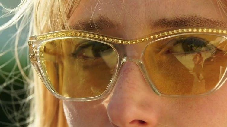 Consommation : des lunettes recyclées au charme vintage (France 2)
