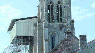 Les travaux de la collégiale Saint-Thomas de Crépy-en-Valois s'élèvent à plus d'un million d'euros. (N. Ben Ghezala / France Télévisions)