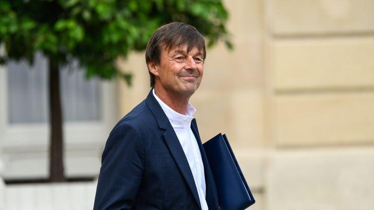 Nicolas Hulot quitte l'Elysée, le 30 août 2017 à Paris. (JULIEN MATTIA / NURPHOTO / AFP)