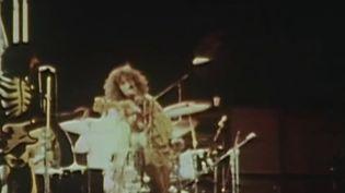 Il y a tout juste 50 ans, le 26 août 1970, débutait la troisième et dernière édition du festival de l'île de Wight(Angleterre).Près de 700 000 personnes ont assisté à cet événement qui a rassemblé certains des plus grands noms du rock.  (France 2)