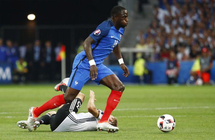 Le Français Moussa Sissoko, en action contre l'Allemagne, le 7 juillet 2016 à Marseille (Bouches-du-Rhône). (REUTERS)