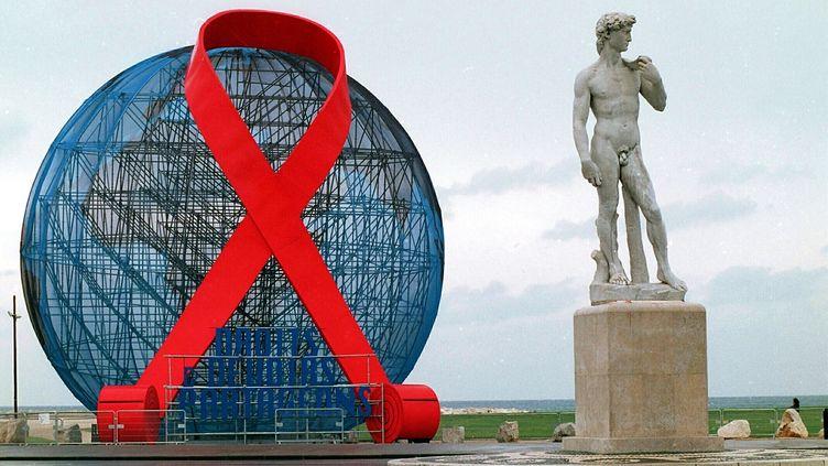 La journée mondiale de lutte contre le Sida célébrée à Marseille en 2000 (photo d'illustration). (MAXPPP)