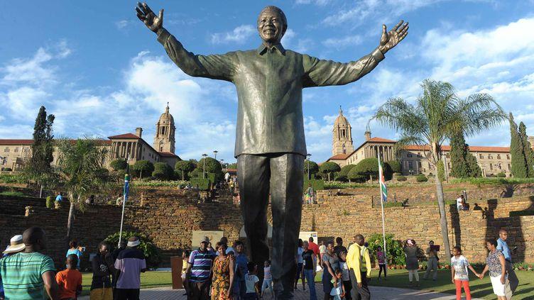 Le 17 décembre 2013, à Pretoria (Afrique du Sud), lors del'inauguration de la statue géante de Nelson Mandela. (CHINE NOUVELLE / SIPA)