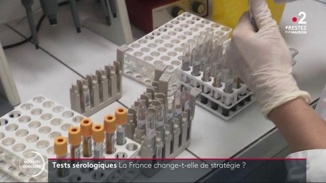 Coronavirus : le gouvernement change-t-il de stratégie sur les tests sérologiques ?