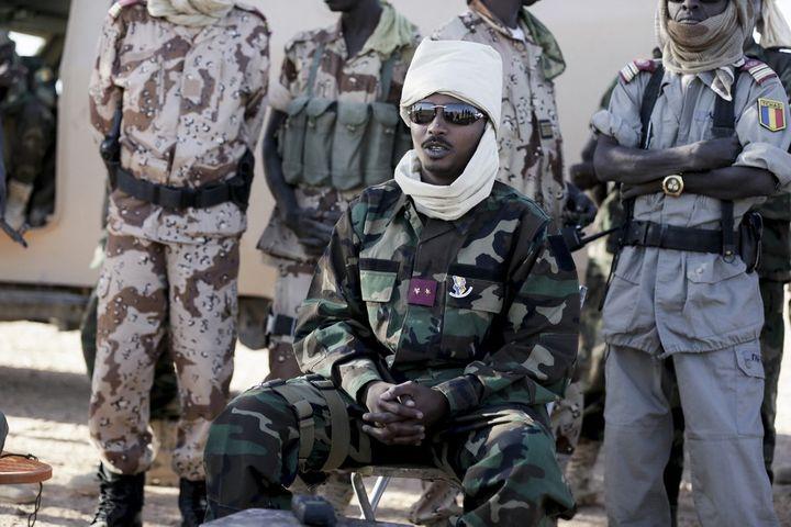 Mahamat Idriss Déby, général de l'armée tchadienne, a pris les commandes du Tchad le 21 avril 2021, à la mort de son père. (KENZO TRIBOUILLARD / AFP)