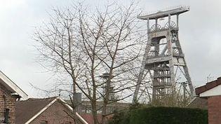 Il y a 30 ans fermait le dernier puis de mine de Wallers-Arenberg. Ceux qui ont connu cette période racontent une époque où toute la vie de la région tournait autour de l'exploitation du charbon. (FRANCE 3)