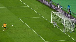 Le pénalty manqué par Gareth Bale lors de Pays de Galles-Turquie, le 16 juin 2021. (DAN MULLAN / POOL / AFP)