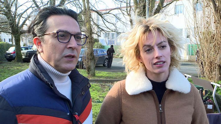 """Les comédiens Olivier Sitruk et Sara Mortensen sur le tournage de """"Mystères à l'école de gendarmerie"""" (France 3 Nouvelle Aquitaine)"""