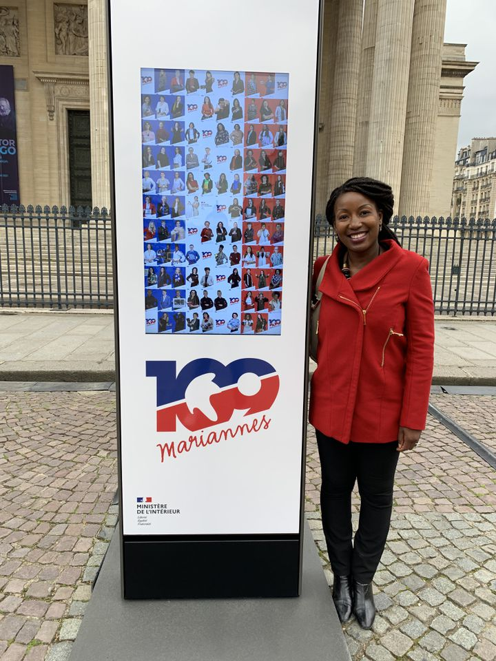 Saly Diop devant le Panthéon, à Paris. (TIMOTHE ROUVIERE / RADIO FRANCE)