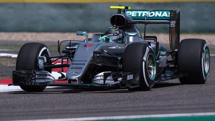 Le pilote allemand Nico Rosberg au volant de sa Mercedes (JOHANNES EISELE / AFP)