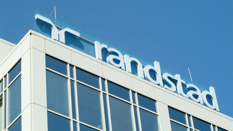 Le siège de Randstad, à Francfort sur le Main (Allemagne). (RENE SPALEK / BILDERBERG / AFP)