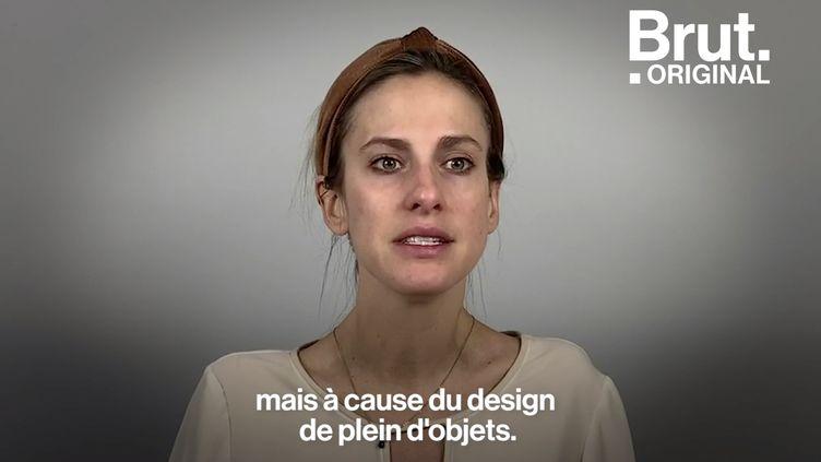 """VIDEO. """"C'est le design qui fait mon handicap"""" : handicapée, elle veut rendre le design plus inclusif (BRUT)"""