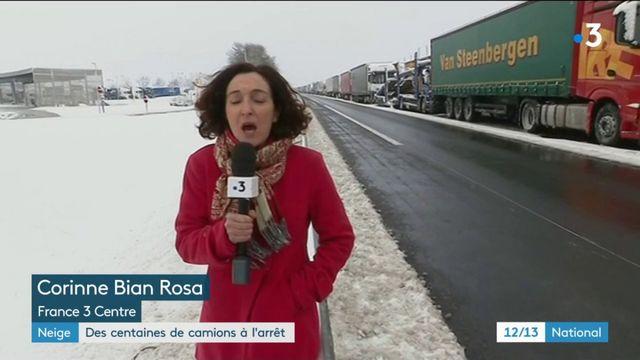 Neige : des centaines de camions à l'arrêt