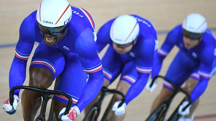 Le Bronze pour les Bleus en vitesse par équipe (GREG BAKER / AFP)