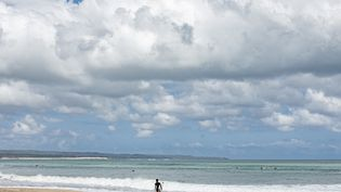 La plage deSeminyak à Bali, en Indonésie, le 7 août 2020. (MADE NAGI / EPA)