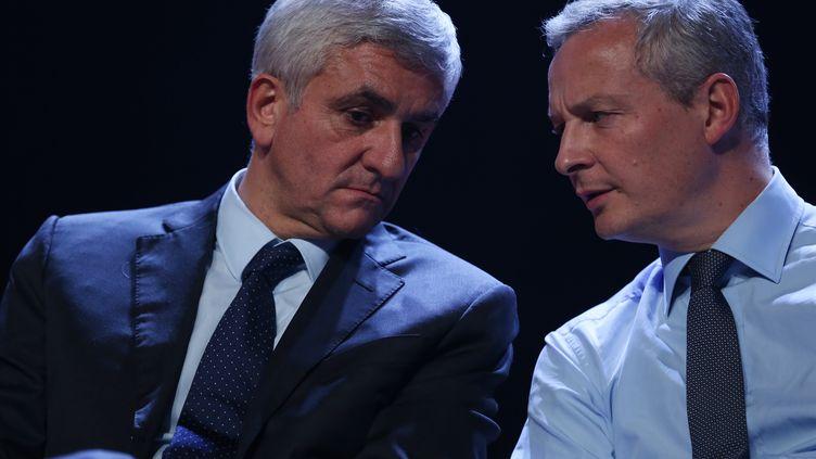 Le centriste Hervé Morin (à gauche) et Bruno Lemaire (Les Républicains) à Caen (Calvados), le 7 décembre 2015. (CHARLY TRIBALLEAU / AFP)