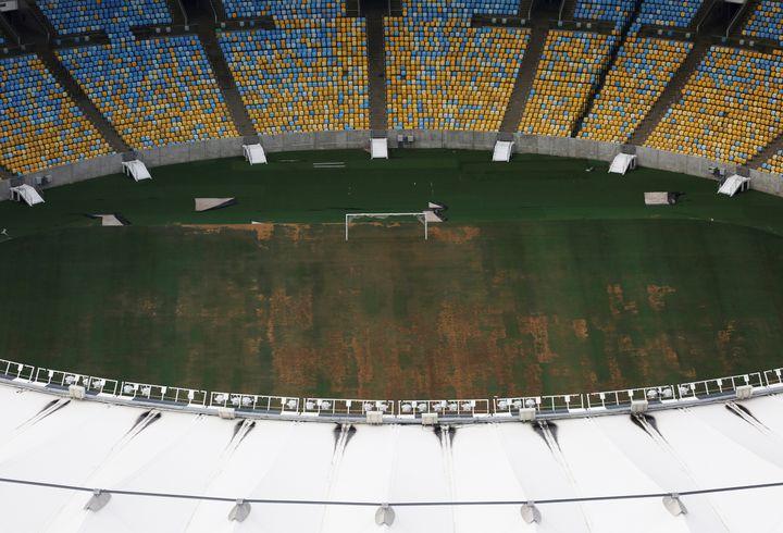Vue aérienne du stadeMaracanã, qui a accueilli lescérémonies d'ouverture et de fermeture des Jeux olympiques, photographié le 12 janvier 2017. (NACHO DOCE / REUTERS)