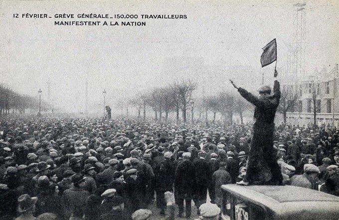 Carte postale manif 12 février 1934  (coll. MHV)
