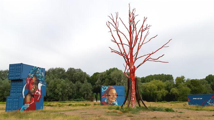 Le festival Cabaret vert est situé sur le site de l'ancienne usine de la Macérienne à Charleville-Mézières dans les Ardennes, le 19 août 2020. (RENAUD CANDELIER / RADIO FRANCE)
