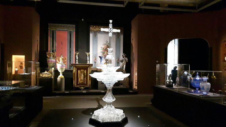 """Lebénitier en cristal à voir au Musée d'Orsay à l'exposition """"Spectaculaire Second Empire"""" (RADIO FRANCE / Anne Chépeau)"""