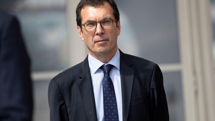Jean-Pierre Farandou, président de la SNCF, à la gare de l'Est, le 10 mai 2020. (THOMAS SAMSON / SIPA)