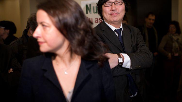 Cécile Duflot et Jean-Vincent Placé, le 19 novembre 2011, à Paris. (FRED DUFOUR / AFP)
