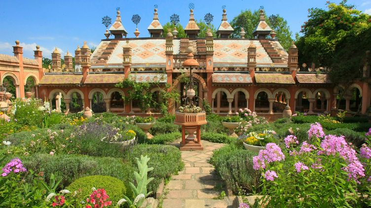 Les Jardins Secrets de Vaulx : un paradisaux couleurs des Mille et Une Nuits. (NORBERT FALCO / MAXPPP)