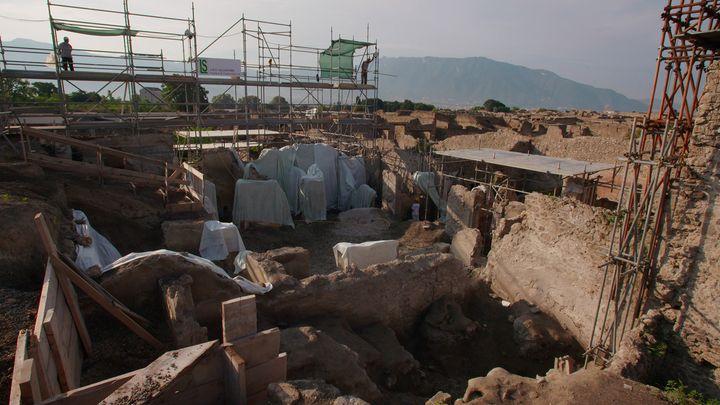 Vue des fouilles en cours dans la Regio V, Pompéi (© GEDEON Programmes)